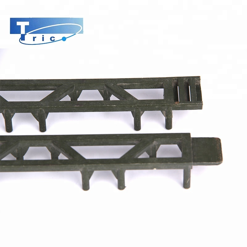 Flexible plastic fittings in building plastic ladder spacers